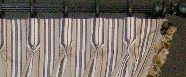 pleated to stripe goblet pleat
